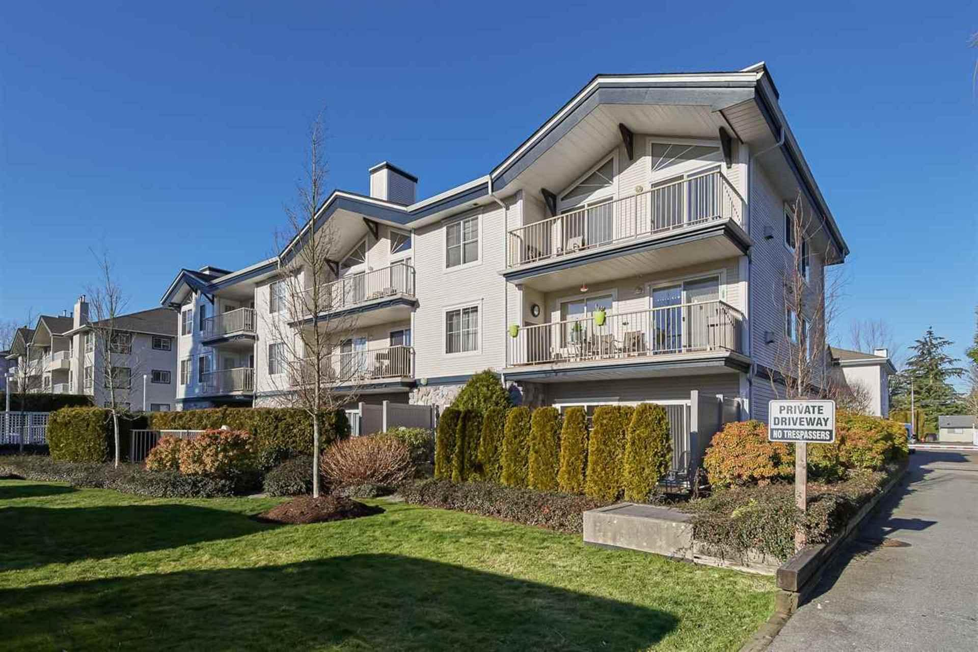 207 - 15298 20 Avenue, King George Corridor, South Surrey White Rock